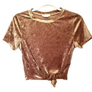 January 7 Velvet Front Knot Cropped Top - M